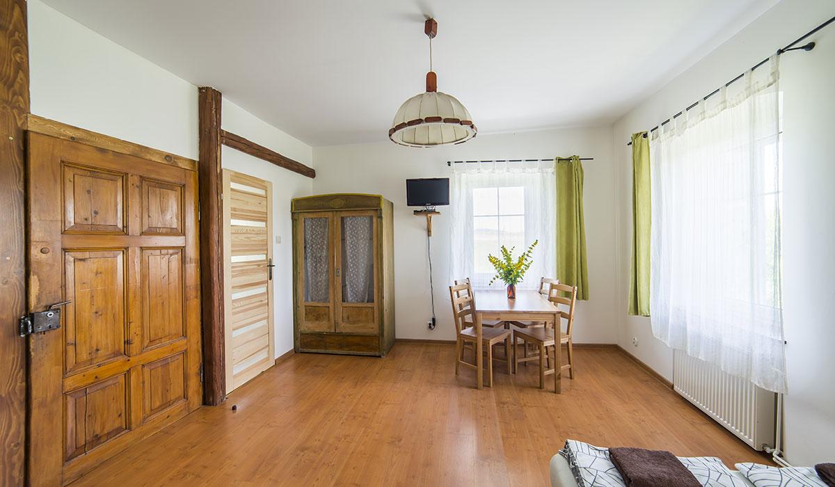 noclegi-gory-sowie-apartament-rogowiec