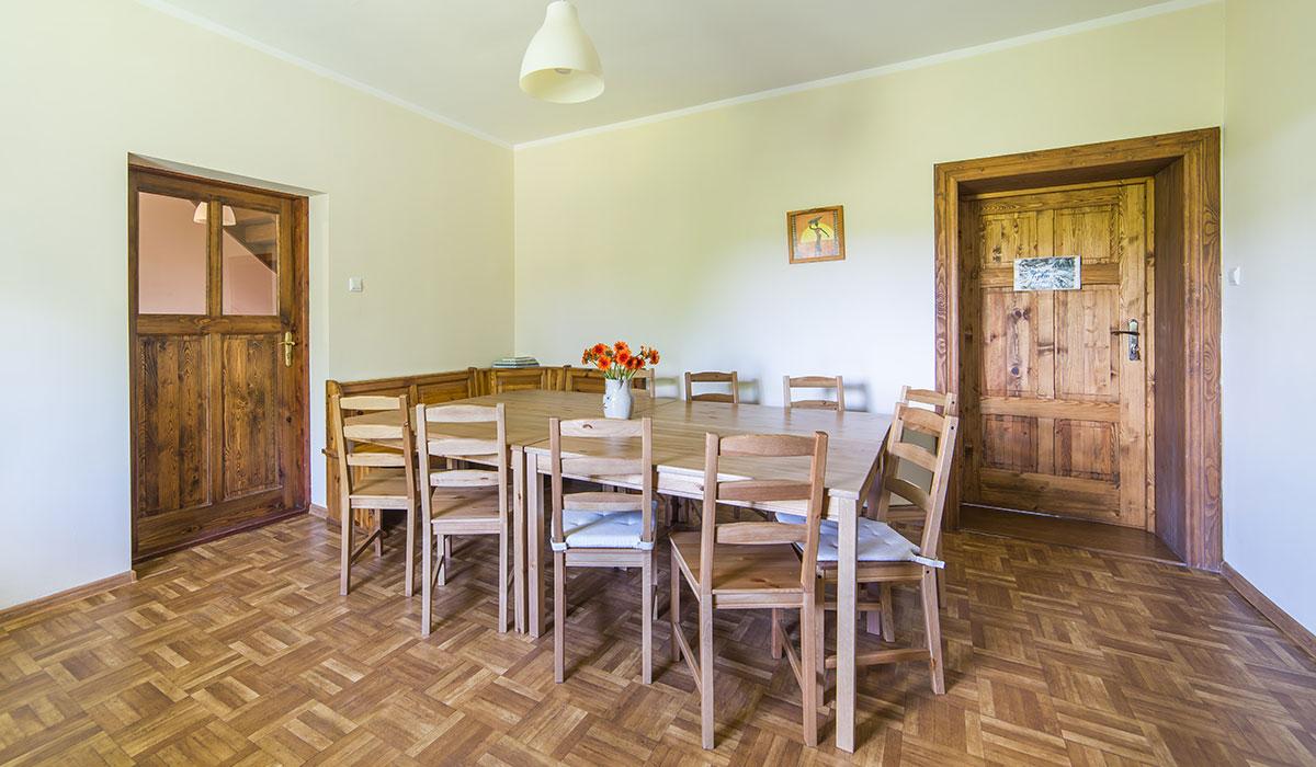 noclegi-gory-sowie-pokoje-kuchnia-jadalnia